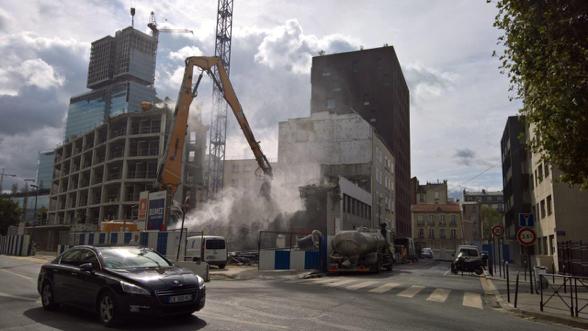 Travaux de démolition d'un immeuble