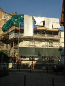 Travaux sur la façade d'un immeuble